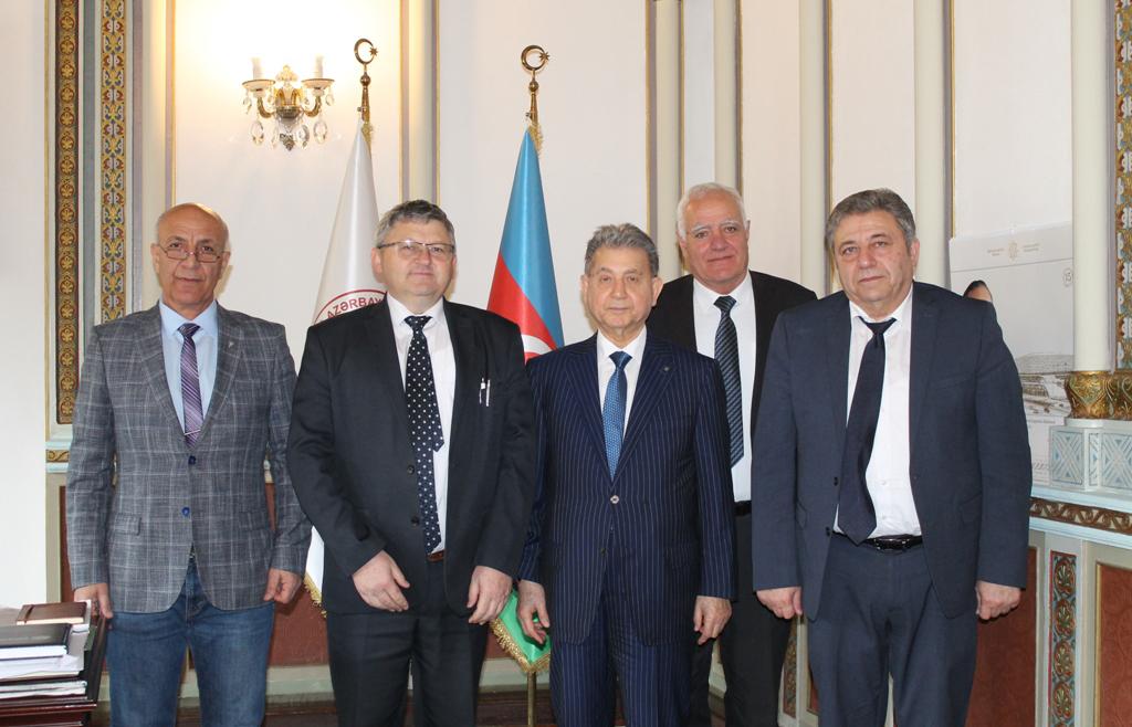 Обсуждены перспективы сотрудничества обсерваторий Академий наук Азербайджана и России